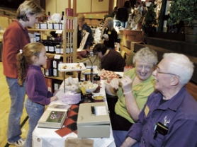 St Aidan's Episcopal Church Wintergarden Crafts Bazaar: Nov 17-18, 2011 9AM-2PM, Handmade gifts, crafts, jewerly and food. Exqusite quilt raffle. Info here!