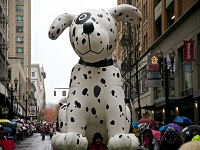It's Parade Day Portland! Macy's Holiday Parade, Downtown Portland: Fri Nov 27, 2015 9AM. Rain or Shine. Parade Route Map and info here!