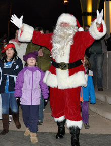 Celebrate The Spirit of Christmas: Sat Nov 29, 2014 5PM-6:30PM. Gresham's kick-off to the holiday season. Fun for all! Tree lighting, sing-alongs, hot cocoa, treats and Santa Claus. Info here!